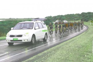 DAY-3-wet-peloton